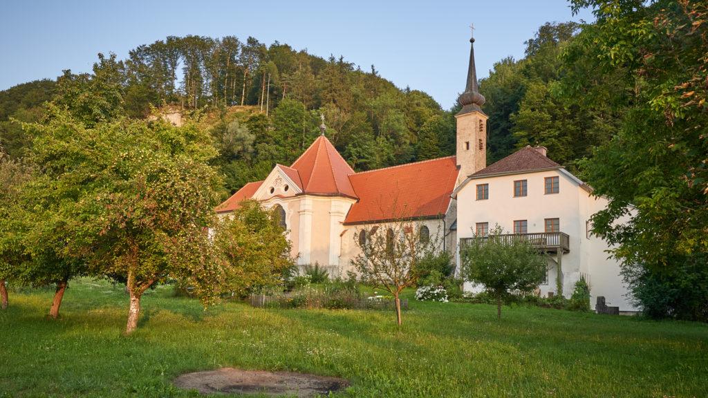 A_BR_Ach_2_Pfarrkirche Maria Ach (Dirschl Johann).jpg