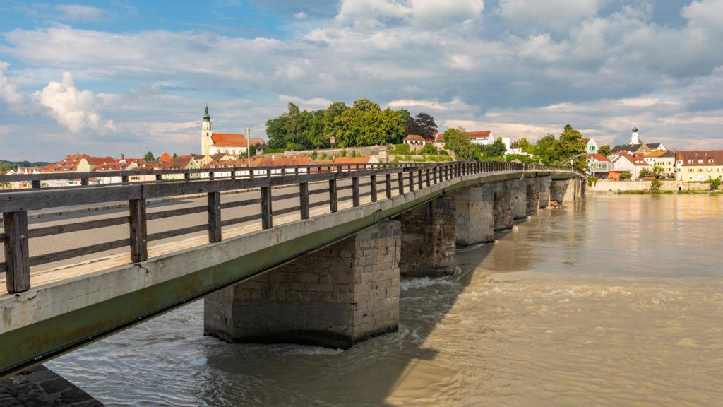 A_RI_Schärding_01_Innbrücke (Dirschl Johann)