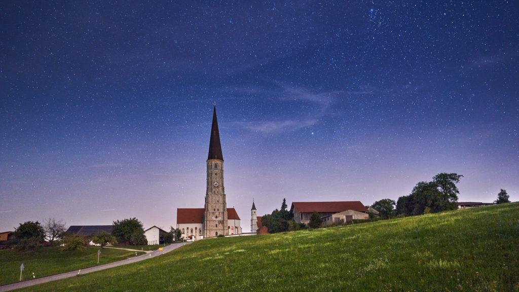 D_PAN_Schildthurn_2_St. Ägidius bei Nacht (Dirschl Johann)